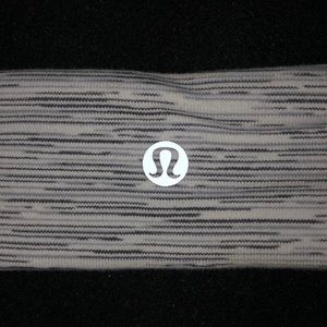 2 lulu lemon headbands!